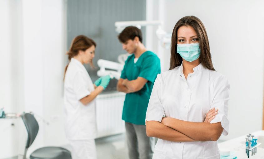 cuales son los especialistas dentales que existen